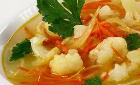 Смачний літній чеський крем-суп з цвітної капусти без м'яса