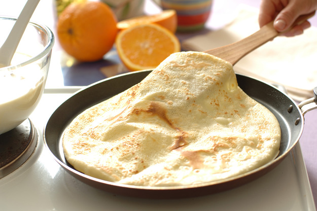 Млинці – корисні поради та технологія приготування тіста на млинці