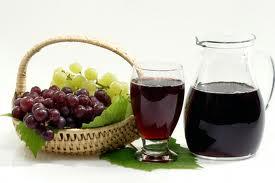 Виноградний сік в домашніх умовах. Як зробити і зберегти на зиму свіжовичавлений виноградний сік – рецепт і приготування