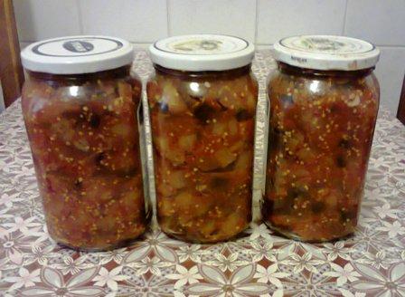 Ікра з баклажанів на зиму – смачний домашній рецепт: баклажани з помідорами і цибулею.