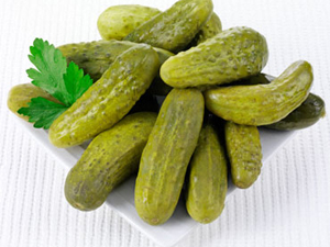 Як зробити малосольні огірки на зиму – рецепт і приготування малосольних огірків про запас.
