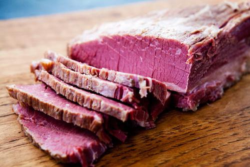 Домашнє засолювання м'яса або як солити м'ясо в домашніх умовах.