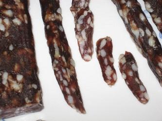 Домашня ковбаса сиров'ялена – приготування домашньої ковбаси без оболонки.