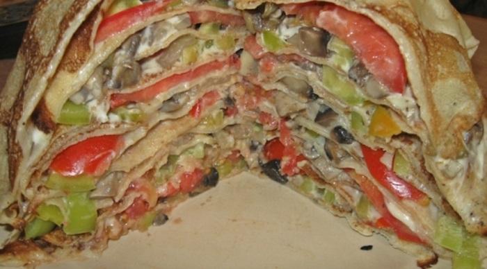 Млинцевий пиріг з грибами або лазанья з млинців з грибами та сиром