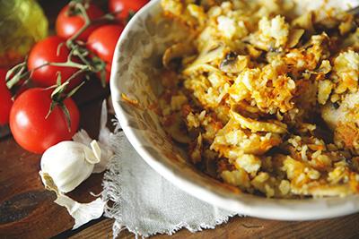 Начинка для млинців з капусти, яєць, рису, м'яса, цибулі і моркви – простий рецепт приготування