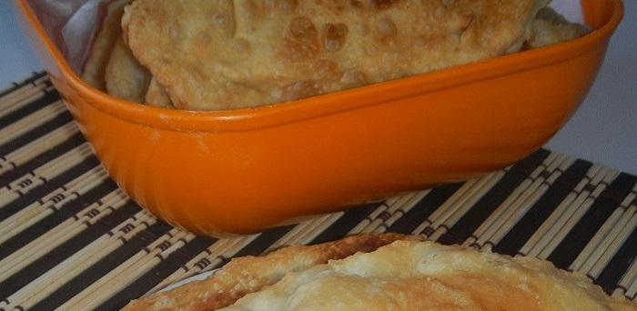 Смачні, соковиті і хрусткі чебуреки в домашніх умовах – смачне тісто для чебуреків на горілці