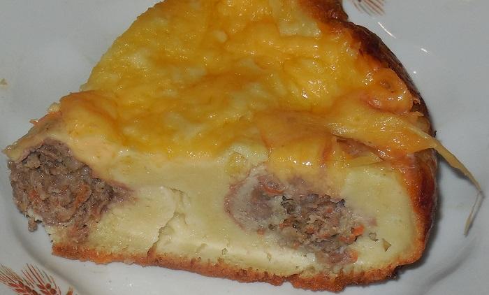 Заливний м'ясний пиріг в мультиварці на швидку руку