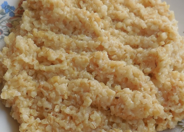 Розсипчаста пшенична каша на воді – смачна каша в мультиварці
