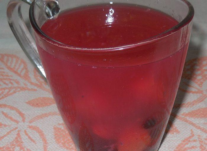 Фруктово-ягідний кисіль з ягід смородини, шовковиці, абрикосів і крохмалю