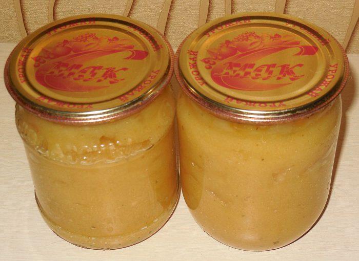 Пікантний кисло-солодкий яблучний соус до м'яса або риби на зиму
