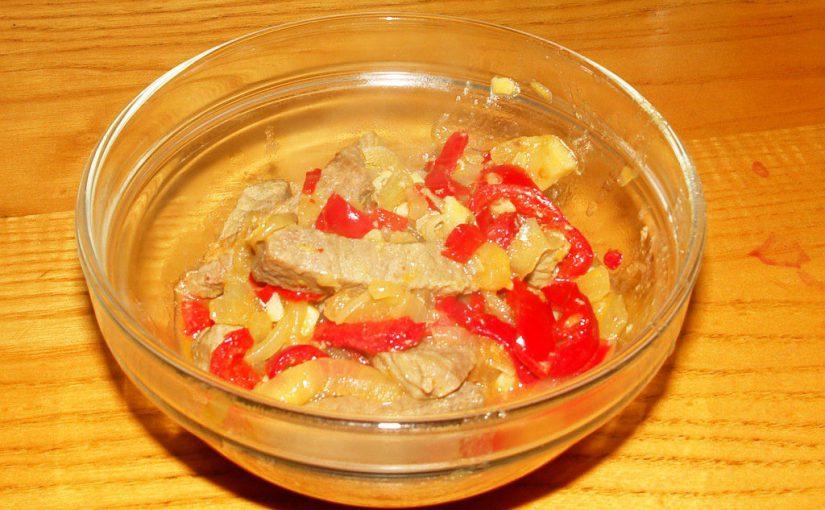 Смачний бефстроганов з яловичини, без сметани і томатної пасти