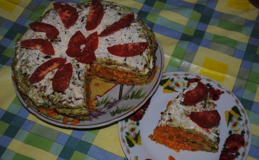 Смачний овочевий торт з кабачків з морквяною начинкою