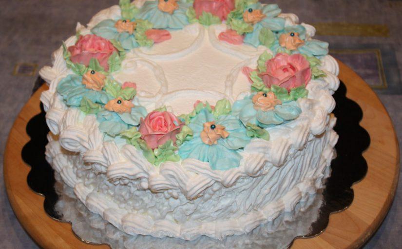 Бісквітний торт Версаль – домашній торт з бісквітом Женуаз та білково-вершковим кремом