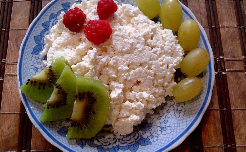 Домашній сир з кислого молока