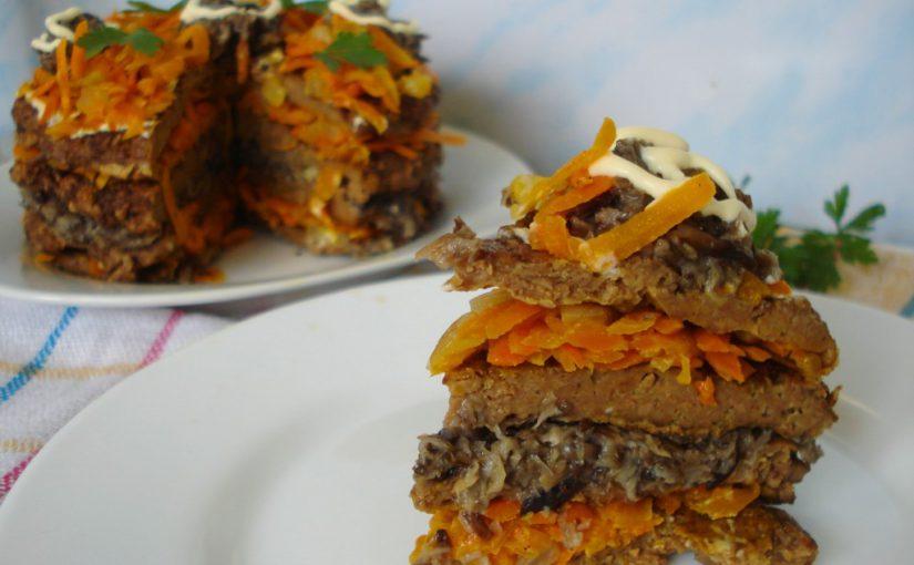 Смачний печінковий торт з грибами та морквою