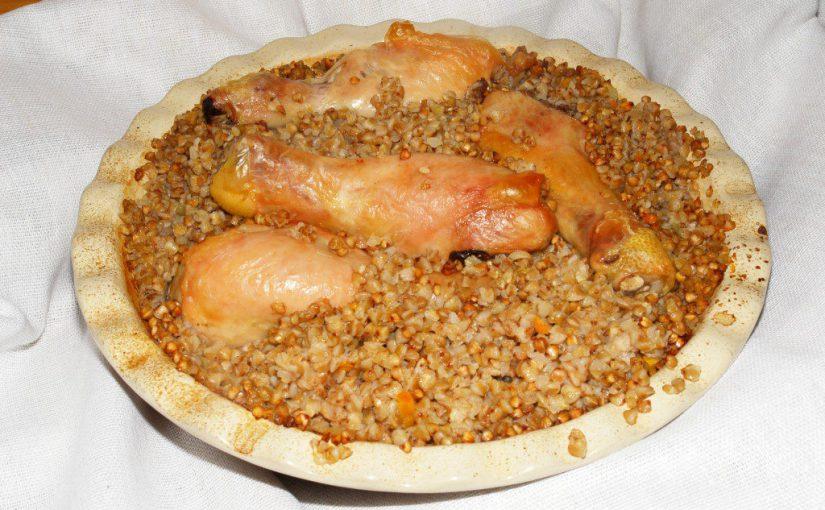 Гречка в духовці запечена з куркою – просто та смачно