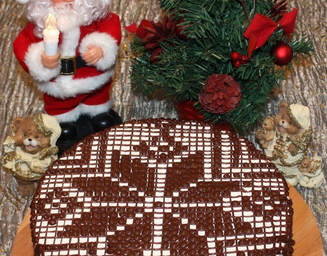 Бісквітний  торт Сніжинка – з вершковим кремом та шоколадним візерунком