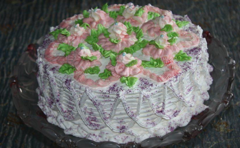 Ванільний торт Ніжність – шоколадний бісквіт і вершковий крем з маскарпоне