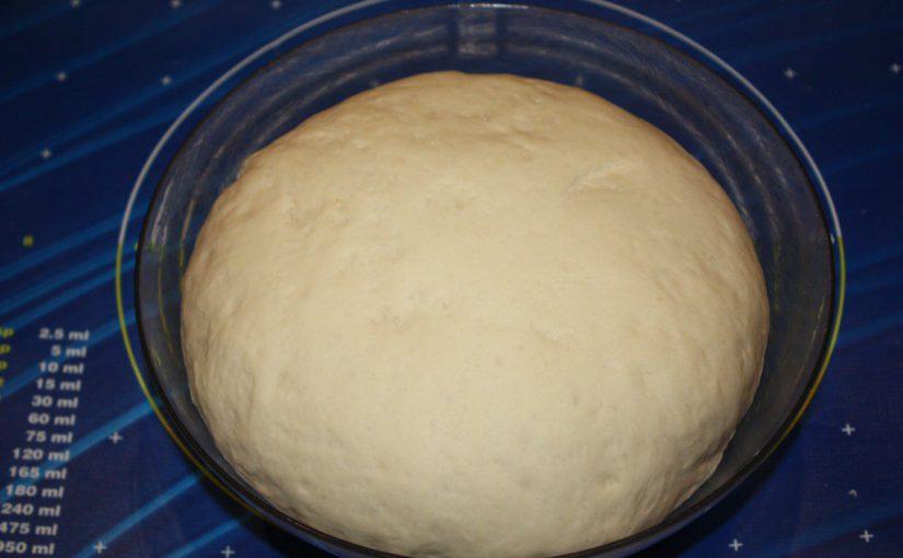 Дріжджове тісто для булочок, гамбургерів, рулетів, пиріжків