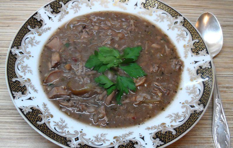 Справжній грузинський суп харчо – м'ясний гострий суп