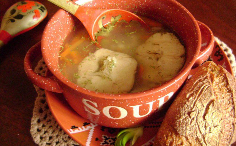 Рибний суп з хека з рисом – смачний та дієтичний