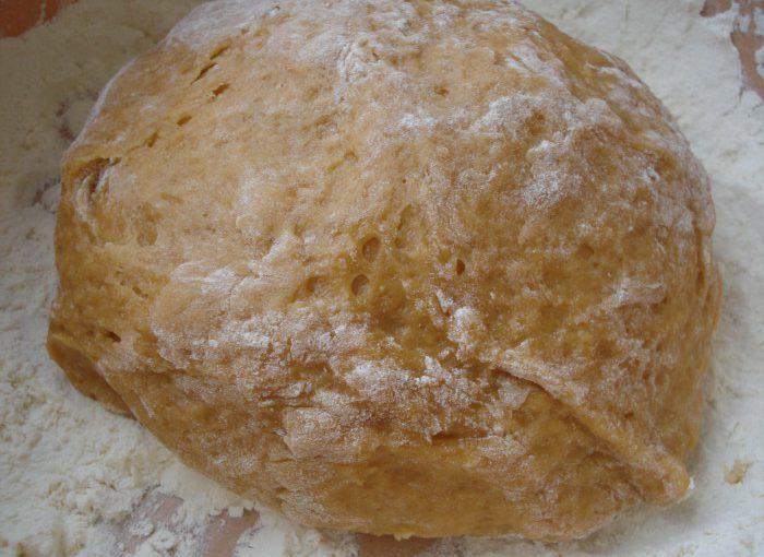 Заварне медове тісто для імбирних пряників і пряникового будиночка