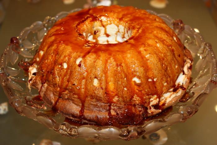 Смачний десерт-меренга в духовці – португальський пудинг Молотофф