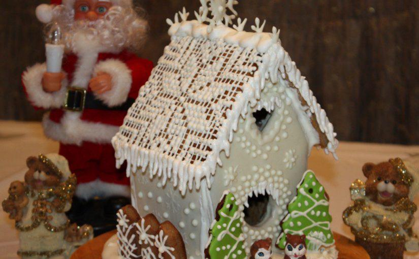 Різдвяний пряниковий будиночок і новорічні пряники – простий майстер-клас