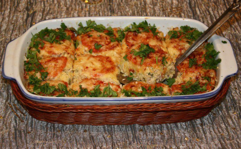 М'ясна запіканка з кабачками і помідорами в духовці