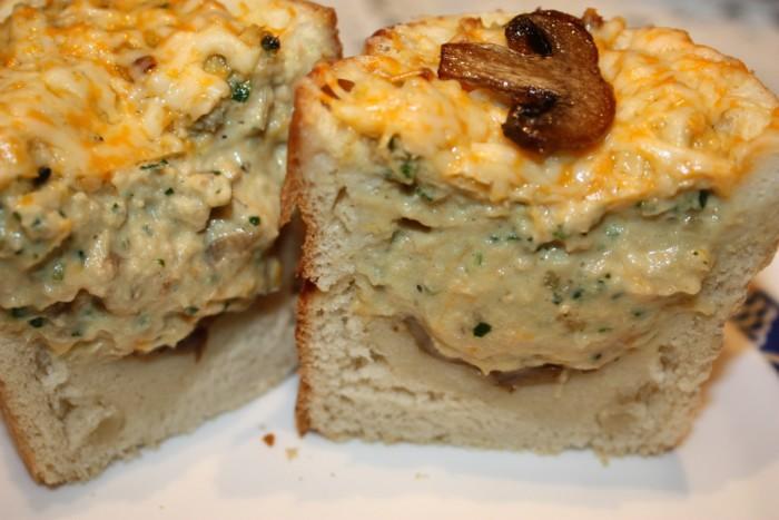 Запечений багет з начинкою в духовці – оригінальний пудинг з риби по-польськи