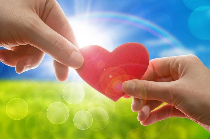 Вітальні листівки з Днем Валентина 2021 та валентинки на День Закоханих: нові, красиві, гарні, оригінальні