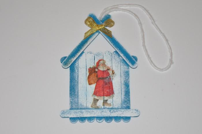 Новорічний будиночок з дерев'яних паличок своїми руками