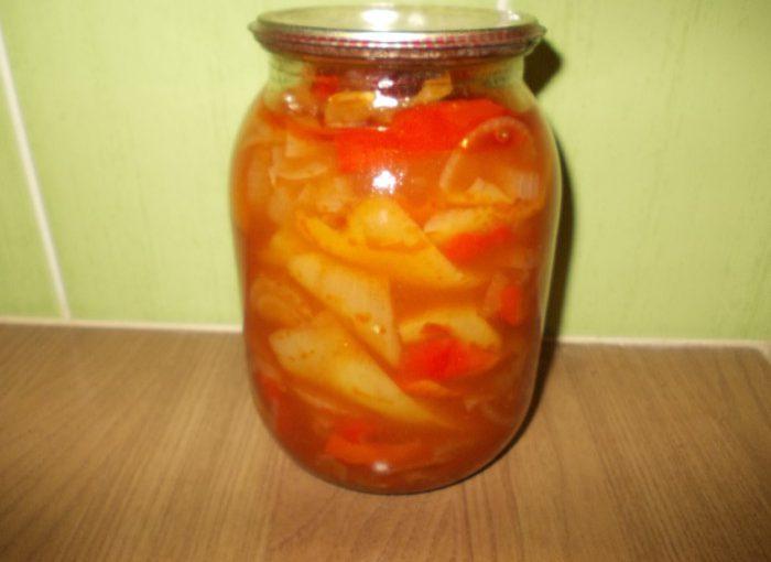 Рецепт лечо з перцю, цибулі та соку на зиму