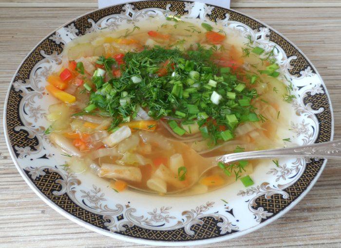 Дієтичний суп з селерою та овочами – смачний жироспалюючий суп для Боннської дієти