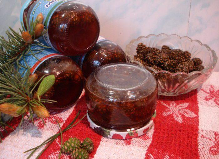 Корисне і смачне варення із соснових шишок