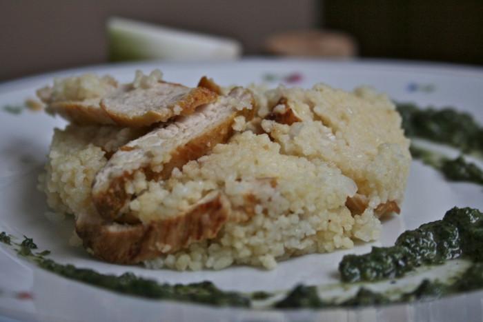 Розсипчастий кускус з куркою – проста і смачна друга страва з кус-кус