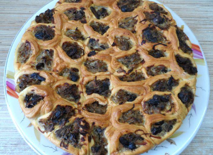 Закусочний пиріг Соти чи то Стільники – оригінальне частування на вечірку або фуршет