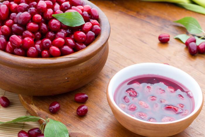 Варення з кизилу: способи приготування корисного десерту з кісточками і без – як зварити кизилове варення на зиму