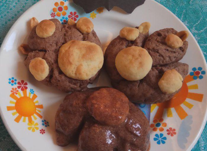 Шоколадне імбирне печивоПазуристі лапи – смачна випічка на Хеллоуін та на Новий рік Собаки