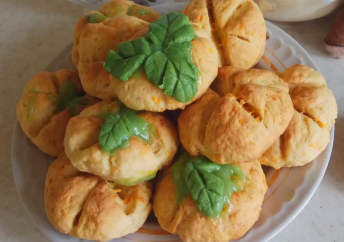 Морквяне печиво в формі гарбуза на Хелловін
