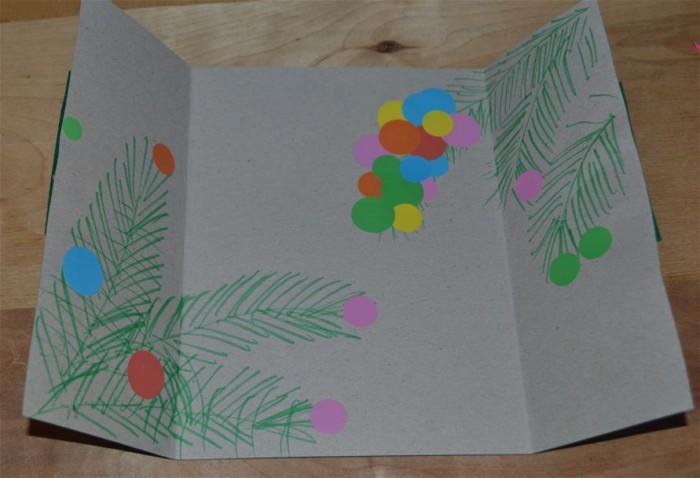 Дитяча новорічна листівка з картону і фетру своїми руками
