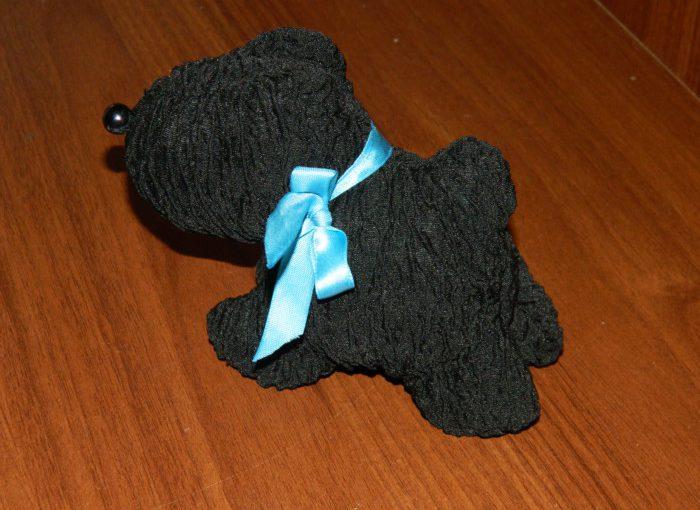 М'яка іграшка собачка з тканини своїми руками