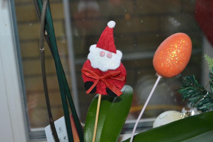Дід Мороз з фетру – саморобні новорічні прикраси на шпажках