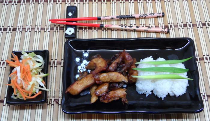 Куряче філе по-китайськи в кисло-солодкому соусі – курка Три Склянки або курка Сань Бей