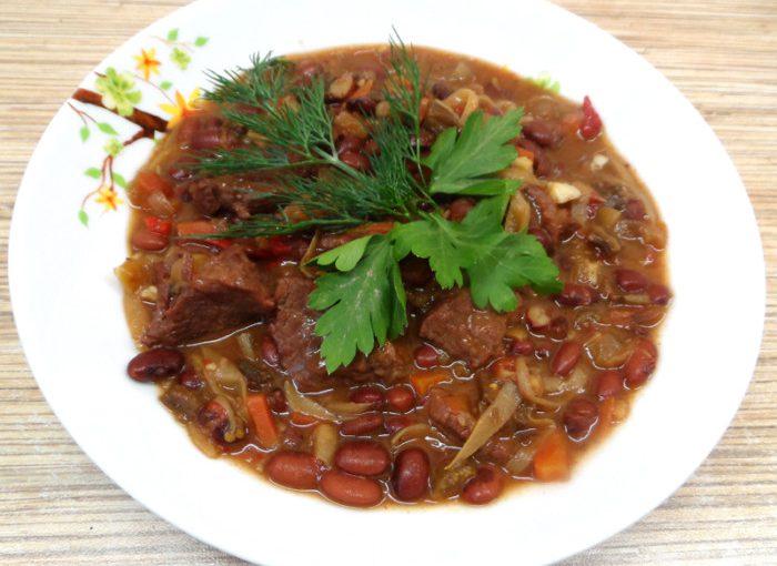 Чилі кон карне в мультиварці – мексиканська страва в українській кухні