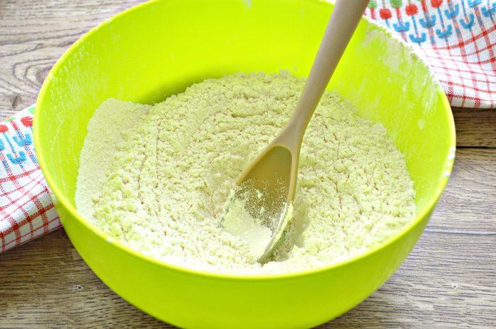 Тісто для пельменів на молоці - смачне, еластичне і ніжне