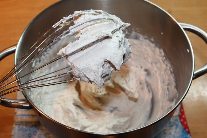 Крем тірамісу з маскарпоне та вершками в домашніх умовах