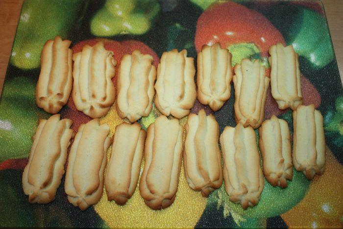Домашнє пісочне печиво з начинкою із крема - Суворовське печиво