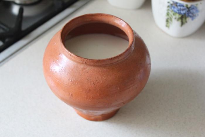 Натуральний домашній йогурт без йогуртниці і цукру на заквасці