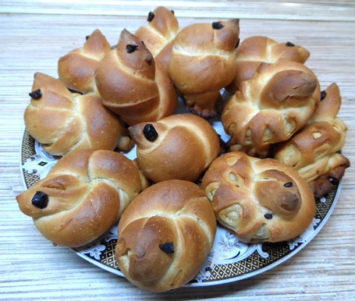 Українські кулінарні традиції та звичаї святкування Пасхі - пасхальний стіл в Україні